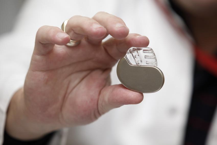 Herzschrittmacher: Zu teuer für ein Kind?